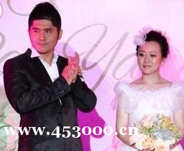 潘阳的老公石磊的个人资料 潘阳和石磊的结婚照