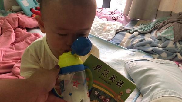 吸管杯可以喝奶吗,吸管杯能喝奶吗,用吸管杯喝奶好吗