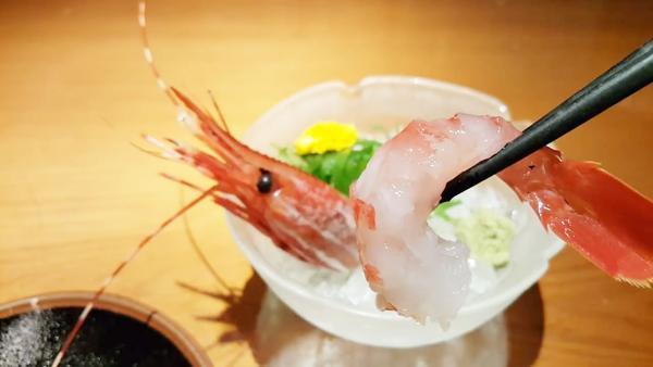 牡丹虾怎么吃,牡丹虾和甜虾的区别