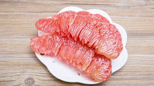 剥开的柚子可以放几天,柚子剥开后怎样保鲜