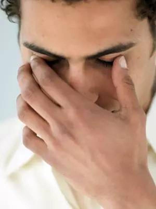 如何去除黑眼圈 真正懂保养的男士通常这样做