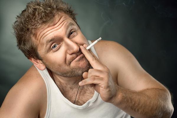 抽烟对脱发有影响吗