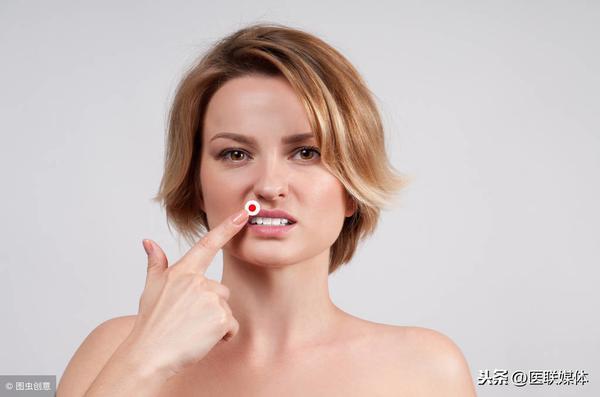 嘴唇肿了是怎么回事?是什么原因造成的?