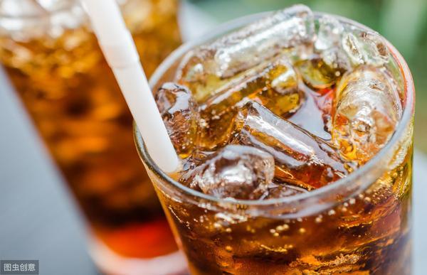 5种女性不宜喝碳酸饮料