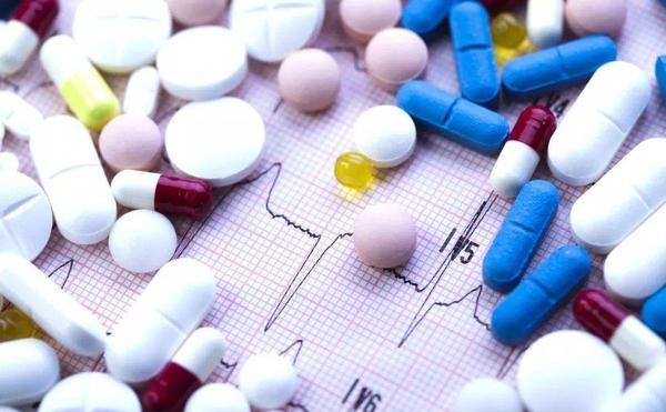 不同的药一起吃会怎么样?