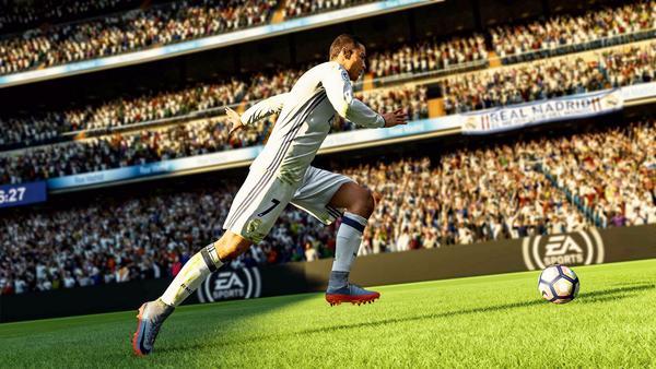 FIFA足球经理12 变线过人心得与操作方法