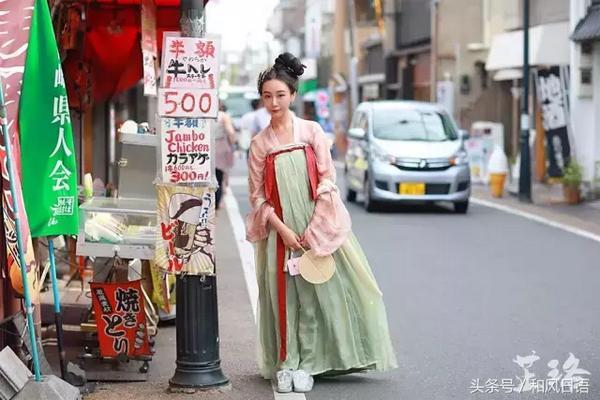 女子日常生活穿汉服  踏青路上被喊仙女