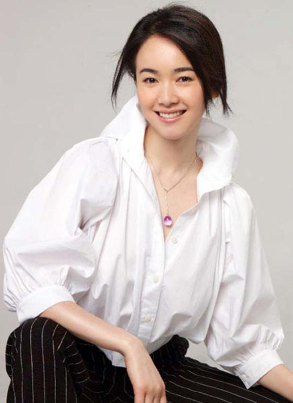 她头婚嫁吴奇隆,却因和刘恺威传绯闻离婚,今二婚嫁富豪活成这样