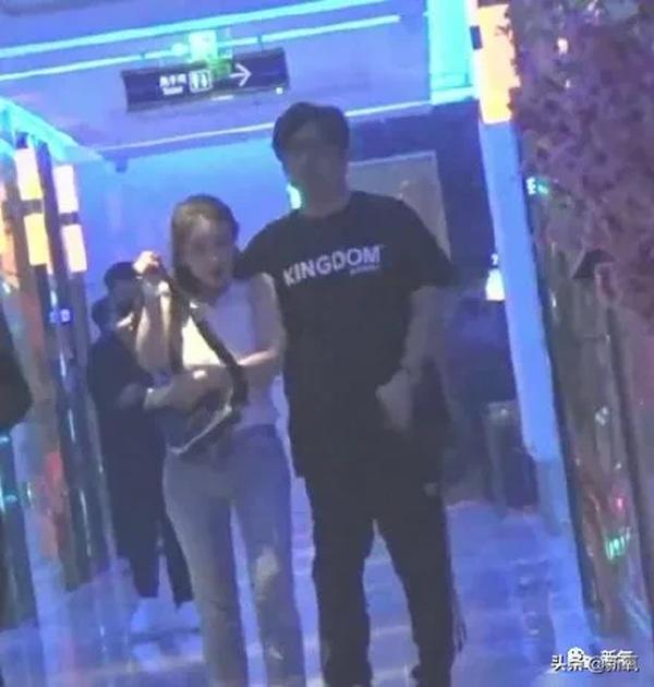 王岳伦前妻是谁 王岳伦前妻照片 王岳伦和前妻儿子照片