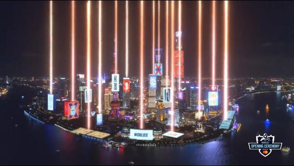 看S10全球总决赛!参加王者荣耀五周年!就来腾讯电竞体验馆!