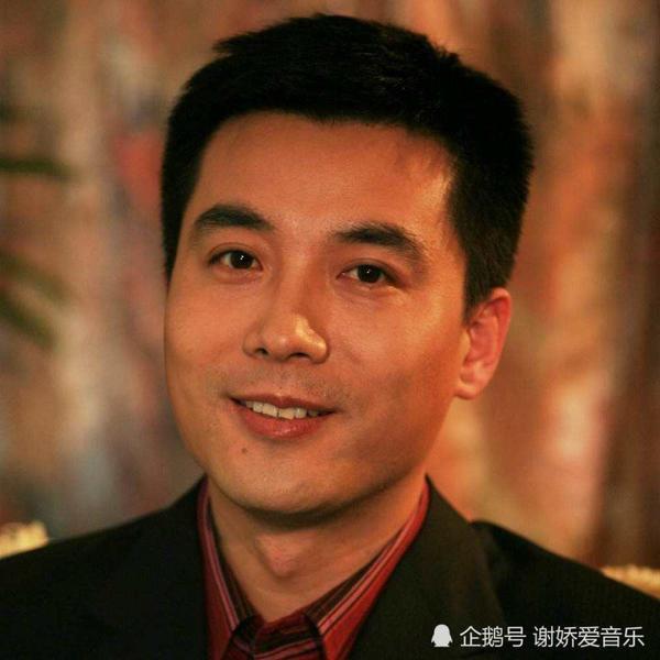 欧阳夏丹的老公王梓木资料照片