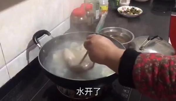 猪肚炖汤要焯水吗,猪肚过水后要冷却吗