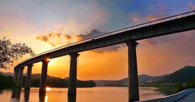 北沿江高铁确定2018年开建,扬州到上海有望只要1.5小时