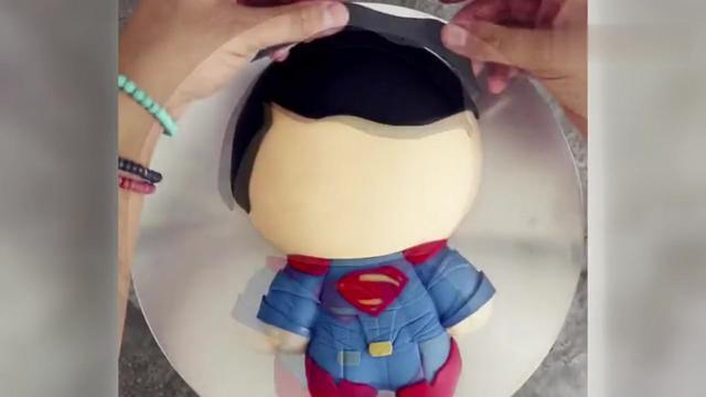 简易超人蛋糕图案