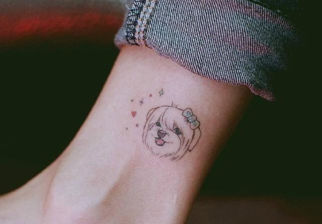 手背纹身图案男