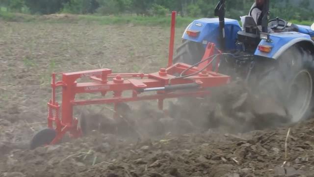 六十马力小拖拉动重型圆盘犁,太给力了!_网易视频