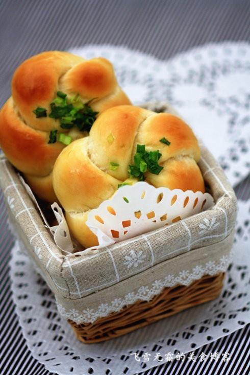 葱香四溢的葱花面包