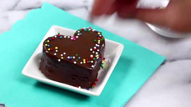 如何制作簡易的迷你蛋糕!(蛋糕甜點教程)