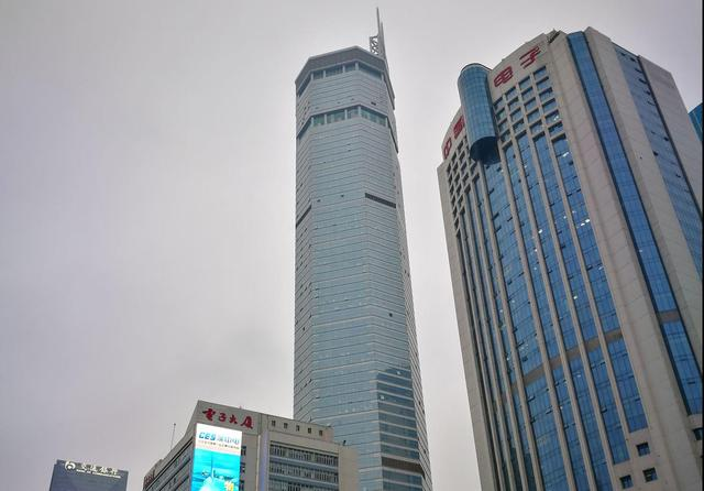 两分钟看完一栋高楼大厦的建造全过程,这才叫拔地而起!