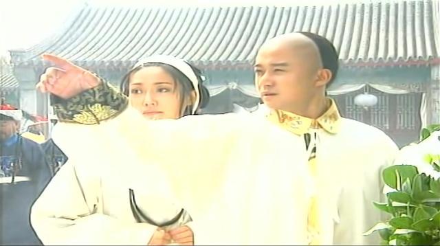 江山为重:鱼娘想留在宫中,皇帝指着皇后的灵堂,让她做选择