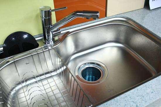 厨房水槽选单槽还是双槽更好?装修过3套房,这次我终于懂了!