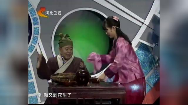 潘长江扮演的武大郎太逗了,带500两去赎金莲,画面太尴尬了