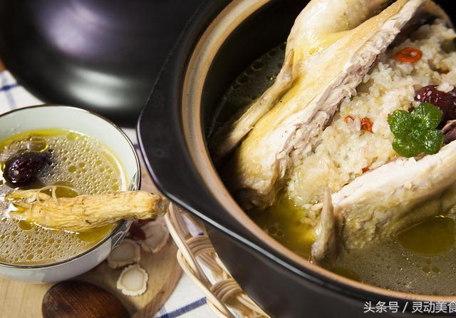 人参鸡汤原汁原味的做法,小钰钰连喝两碗