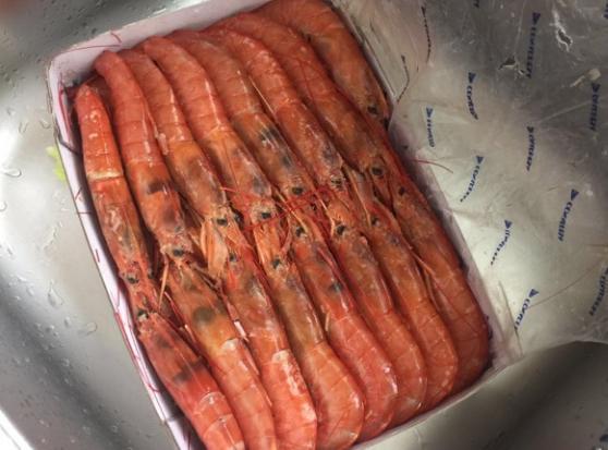 盐烤阿根廷红虾,简单的佐料带出海鲜的甜味