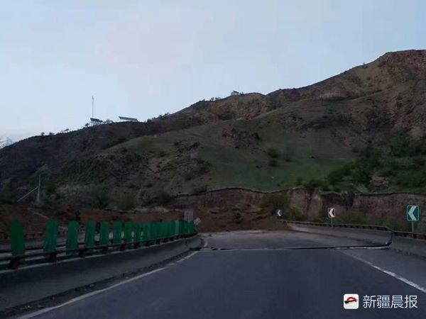 防止山体滑坡的图片