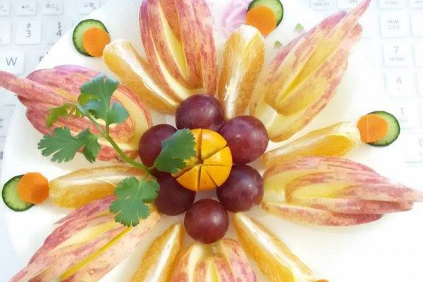 葡萄水果拼盘怎么做_葡萄水果拼盘的做法_豆果美食