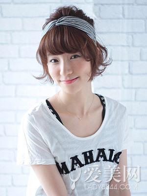 新疆女人头巾图片