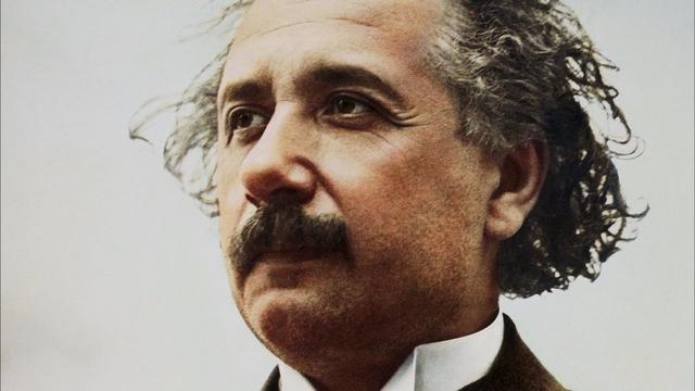 阿尔伯特·爱因斯坦 简历 - 名人简历