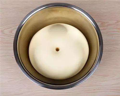 发酵好的面团图片