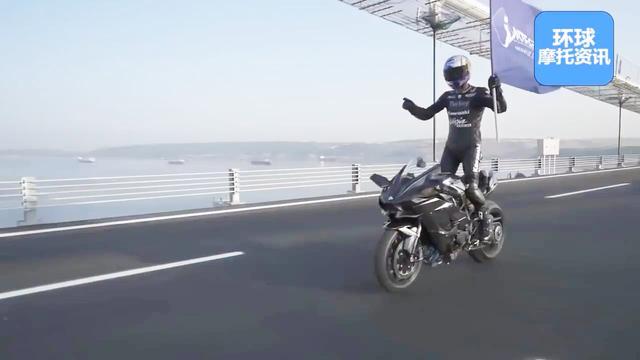 本田250摩托车图片
