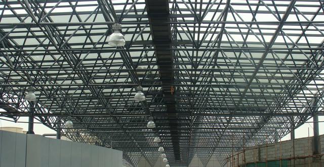 钢结构工程施工工艺流程