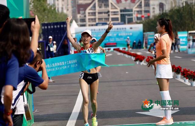 竞走冠军王凯华发布会哽咽 曾肾结石尿血休了八个月_手机凤凰网