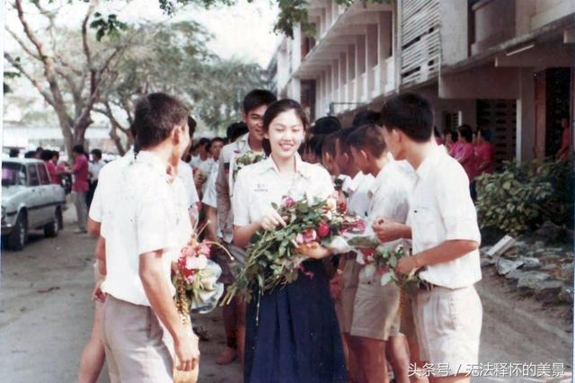 真是个美人胚子!泰国前美女总理英拉青年时期老照片