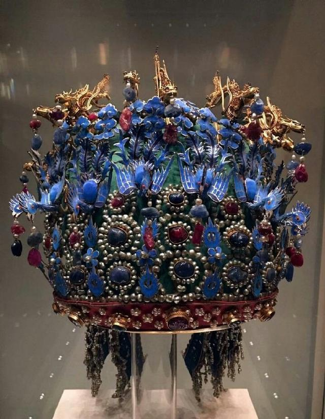 古代皇后娘娘头饰