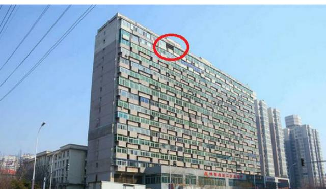 """沈阳现""""阳台大楼"""" 300阳台脸贴脸十分壮观_手机网易网"""