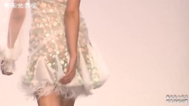 菲拉格慕 轻柔薄纱与精致蕾丝构筑成温柔梦乡-品牌服装网