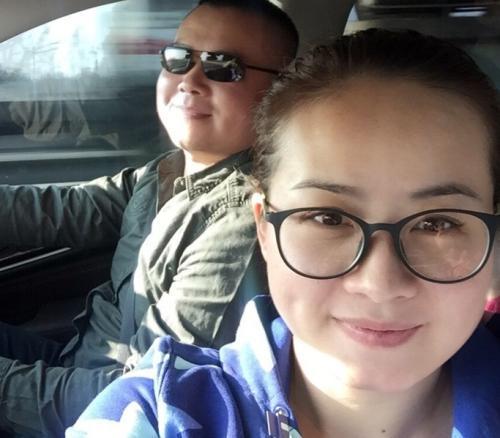 岳云鹏老婆晒两个女儿近照,7岁大女儿简直和小岳岳复... _腾讯网