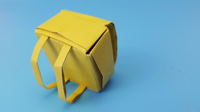 手工布艺作品迷你小书包DIY方法详细步骤图解╭★肉丁网