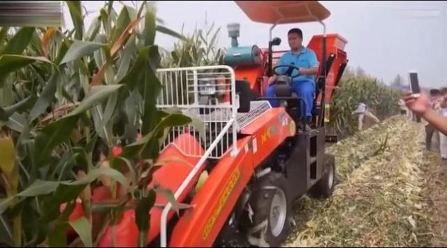 春雨新三行玉米收割机14年