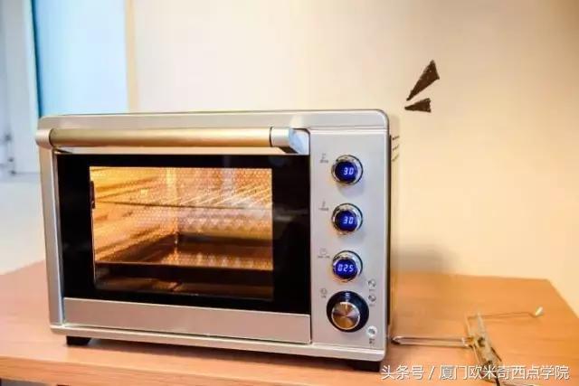 烤箱选购完全指南丨九大注意事项盘点,做烘焙我们绝对是专业的