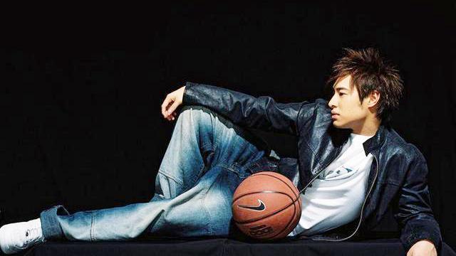 潘玮柏:曾經打入NCAA的华人歌手,也有单场轰下下55分!