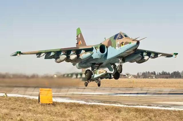 仿制苏式战机,并非照猫画虎:没了苏联专家,新中国艰... _腾讯网