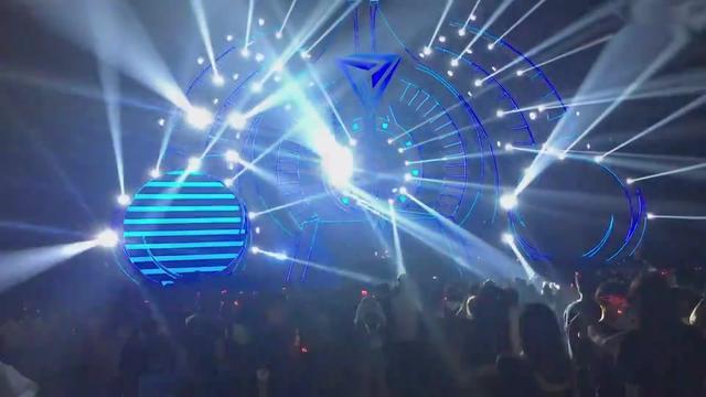 百威风暴电音节主题曲 张靓颖、Tiësto-Change Your World