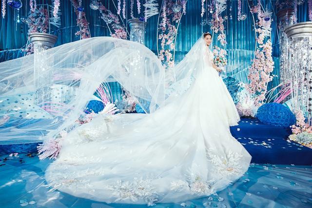吴敏霞夫妇婚礼现场曝光,郭晶晶霍启刚傅园慧出席,太壮观了