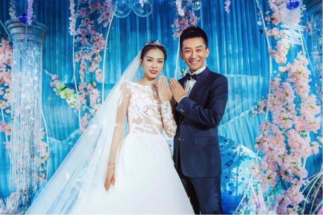 同是跳水女皇,吴敏霞和郭晶晶的婚礼差距有多大?