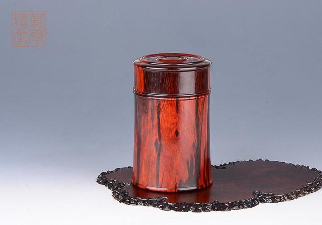 印度小叶紫檀茶叶罐,可随身携带茶叶 密封性很不错